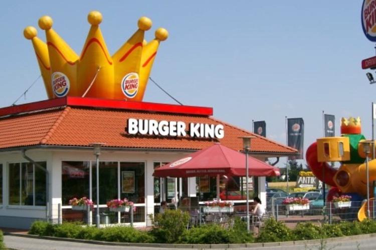 Et soudain Google Maps dit:«Tournez à droite après le Burger King»
