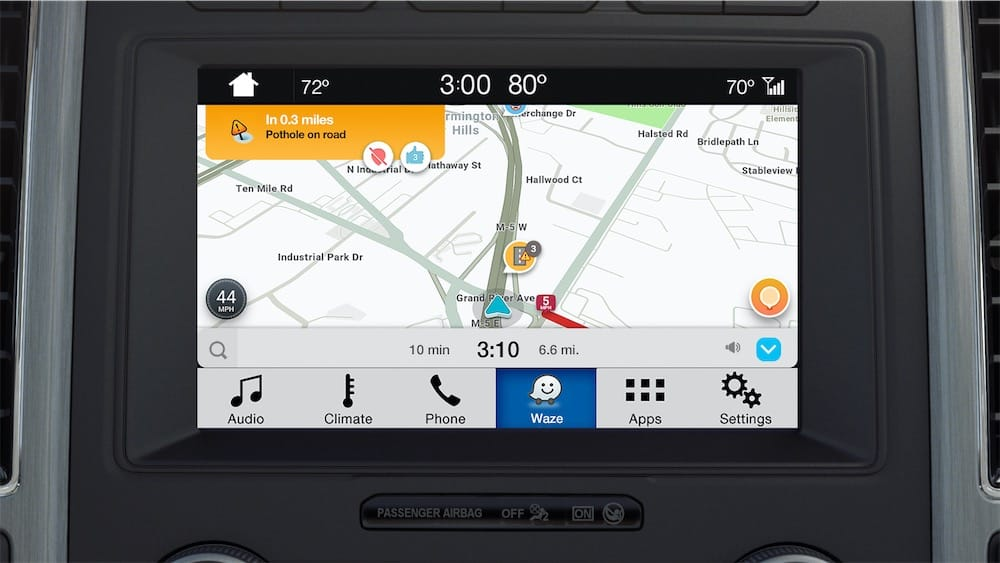 waze sur iphone dans les voitures de ford mais sans carplay igeneration. Black Bedroom Furniture Sets. Home Design Ideas