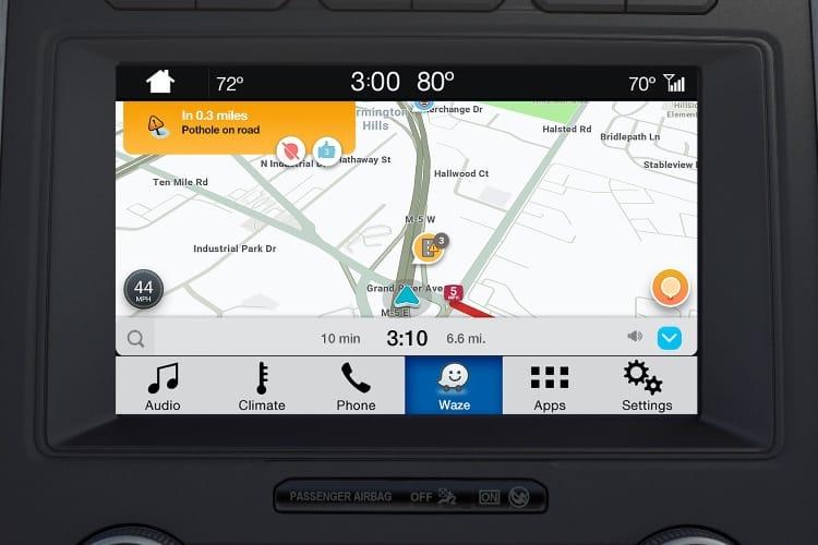 Waze sur iPhone dans les voitures de Ford, mais sans CarPlay