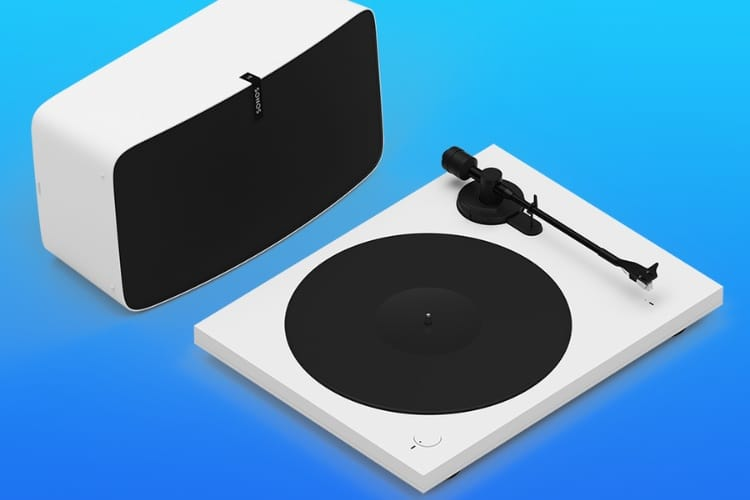 Sonos allie l'ancien et le moderne dans un pack Play:5 + platine disque