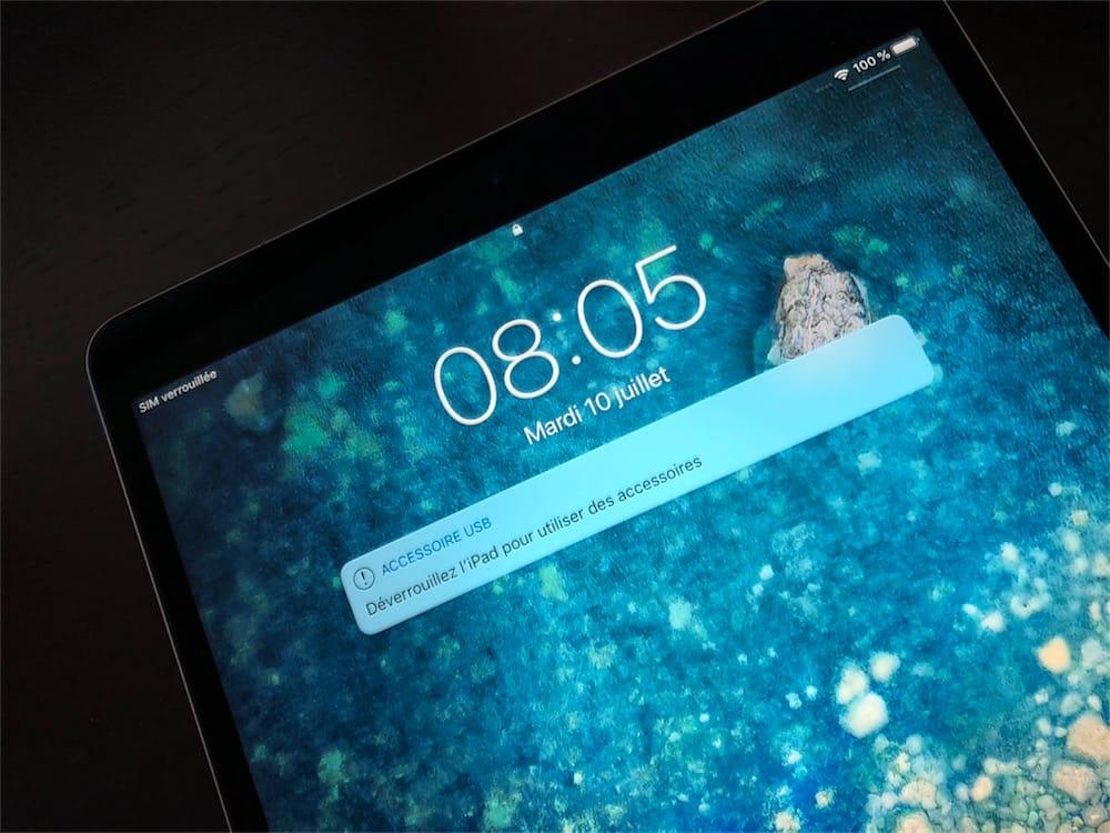 Mais que se passe,t,il lorsqu\u0027un périphérique USB est branché sur le  terminal iOS avant que le délai d\u0027une heure soit échu ? Bien sûr, les deux  appareils